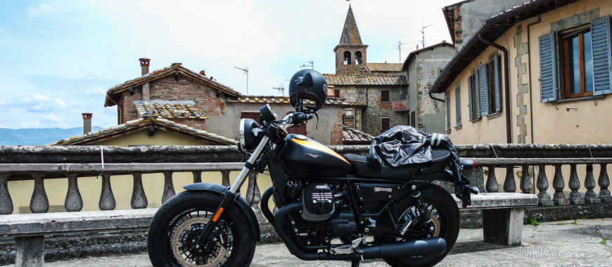Video-itinerary in Tuscany. From Arezzo to the Verna Sanctuary on a V9 Bobber
